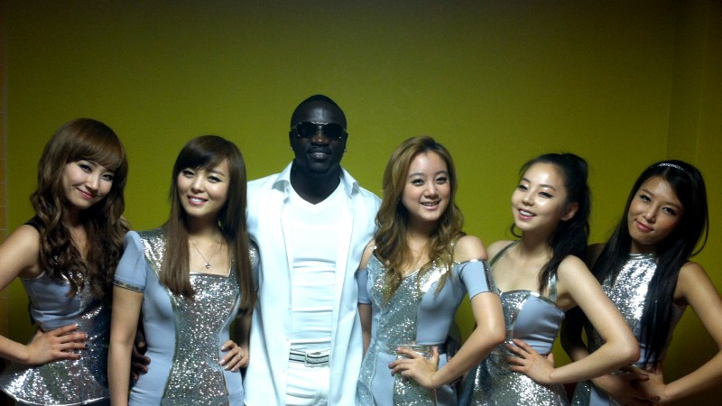 """Wonder Girls Reveal Interview and Performance of """"Like Money"""" Feat. Akon"""