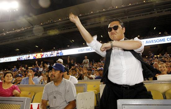 PSY Visits Dodger Stadium in L.A., 50,000 Fans Greet Him