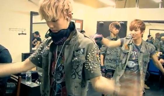 "B.A.P Releases ""Crash"" Repackaged Album + Music Video"