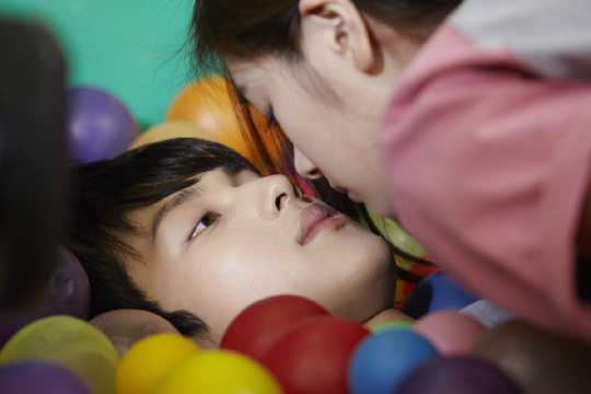 """ZE:A Siwan Has First Kiss Scene With Jung So Min In """"Standby"""""""