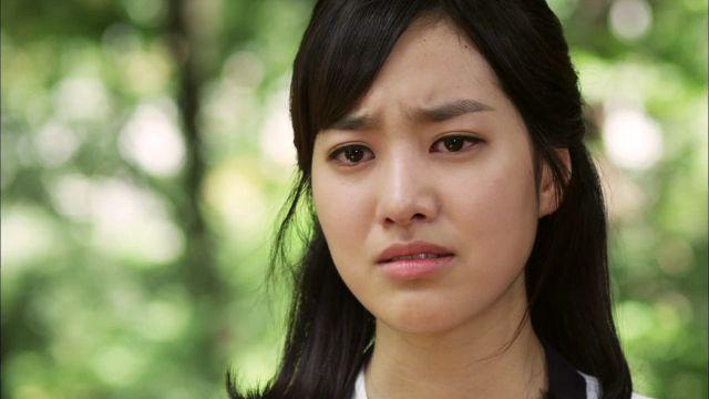 "Jin Se Yeon's Doll-Like Looks Kill in ""Ceci"" Pictorial"