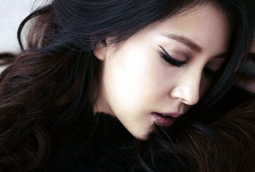 """BoA's Lips Catch All the Attention in """"High Cut"""" Pictorial"""