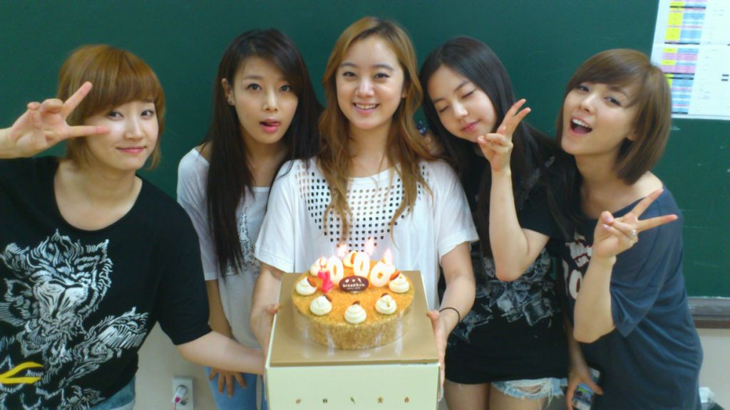Netizens Look Back at Wonder Girls' Relationship with Newest Member Hye Lim Following T-ara Scandal