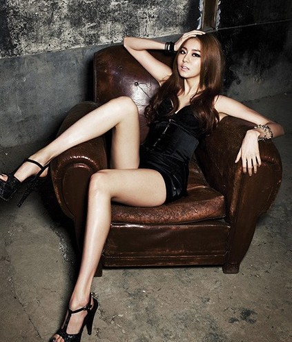 Uee and NU'EST's Minhyun and Ren in W Magazine Pictorial
