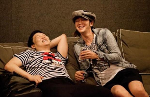 Psy and Jang Geun Suk's Friendly Hang Out Time Captured