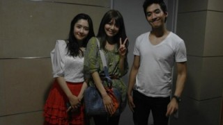 120731_Sooyoung_Nate_SooyoungandSister