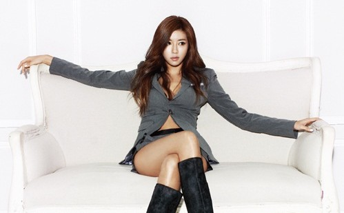 """Park Han Byul Is All Legs for a Sexy """"Nylon"""" Photo Shoot"""