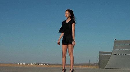 Kim Tae Hee Wears Short Shorts for CF