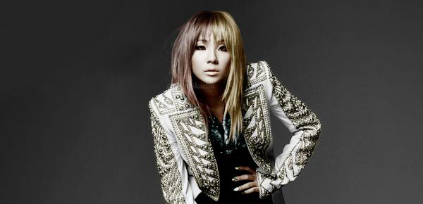 CL Poses Like A Boss