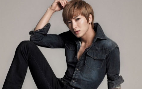SM Artists Receive Stocks Thanks To Leeteuk?
