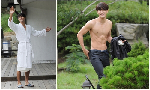 Super Junior's Choi Si Won Flaunts Sculpted Body Topless