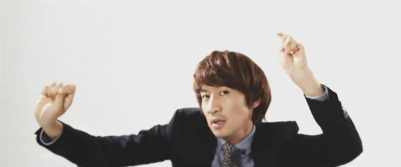 """Giraffe Makes Guest Appearance With Lee Kwang Soo in """"Nice Guy"""""""