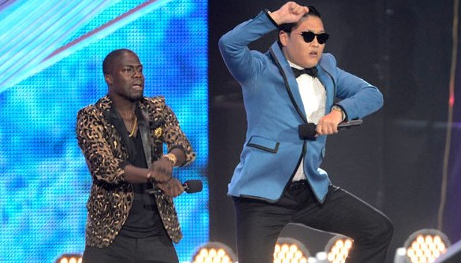 "Psy Performs Horse Dance of ""Gangnam Style"" at MTV VMA in front of 600 Million"