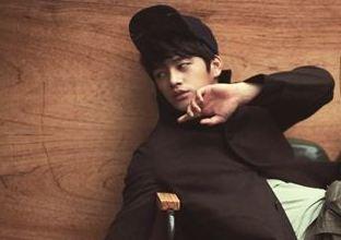 """Seo In Gook Shows his Twee Side in """"Elle Girl"""""""
