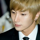 Super Junior leader Leeteuk Posts Post-Recovery Selca