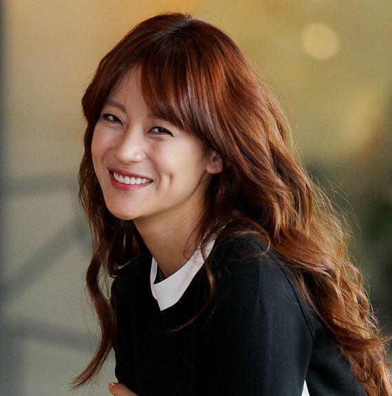 "Lee Joon's ""WGM"" Wife Oh Yeon Seo Looks Mysterious in ""Nylon""; Watch interview on Nylon TV"