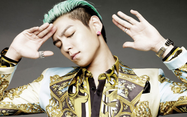 "Big Bang's T.O.P Injures Hand on Set of ""Alumni,"" Receives Surgery"