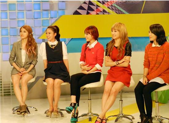 Weekly K-Pop Music Chart 2012 – September Week 4