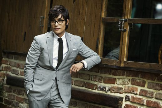 Lee Byung Hun Is Sorry to Lee Min Jung's Male Fans