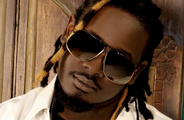 """T-Pain Humors Fans with """"Oppa Batman Style"""""""