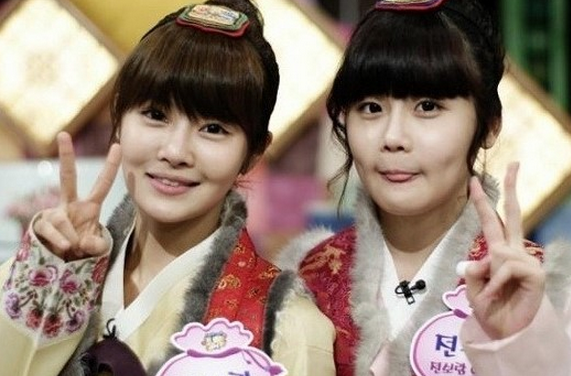 "D-Unit's Ram Sheds Tears, ""My Sister, T-ara's Boram, Looks Emaciated"""