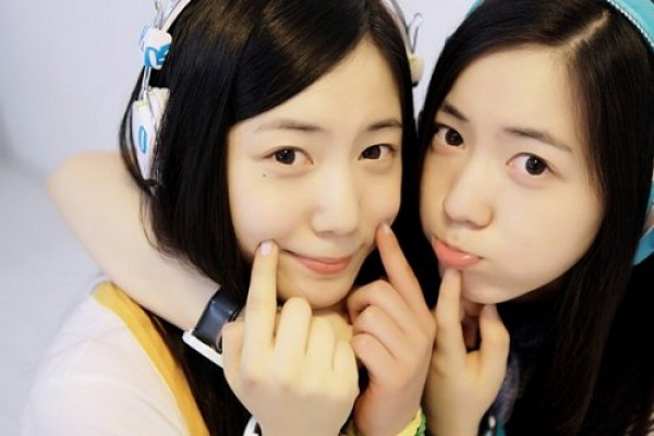 Hwayoung and Hyoyoung's Beautiful Mother Revealed