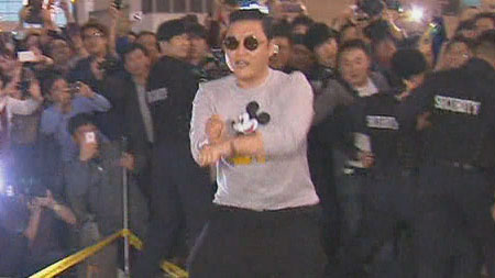 """Psy Leaves for the States: """"I'm Sorry and Thank You"""""""