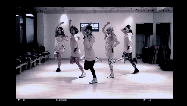 """Rookie Girl Group Crayon Pop Reveals Comeback Teaser for """"Dancing Queen"""""""
