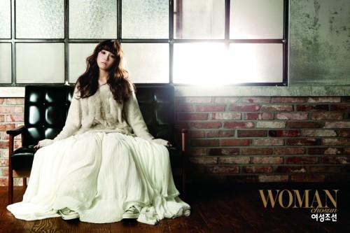 "A Pink's Eun Ji Shows New Sexy Side for ""Woman Chosun"" Magazine"
