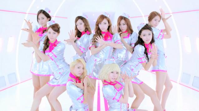 """Girls' Generation Releases MV for New Japanese Single """"Flower Power"""""""