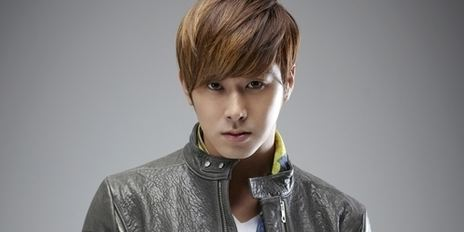 "DBSK's Yunho: ""I'm Recently Into Home Interior Designing"""