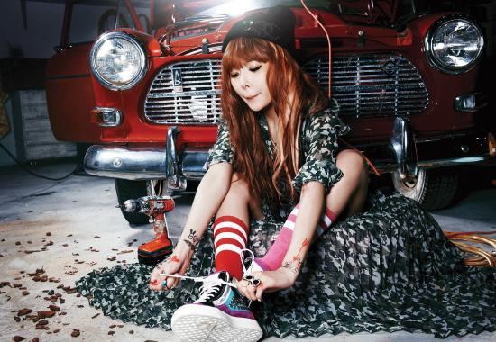 121017_HyunA_2