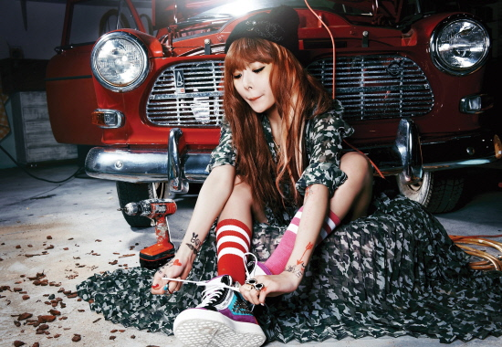 HyunA Releases Second Group of Photos for New Solo Album