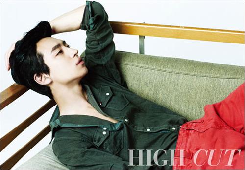 Lee Jae Hoon to Enlist Tomorrow – Kang Dong Won and Hyun Bin to Return This Year