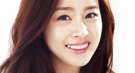Kim Tae Hee Finally Has An Embarrassing Photo?