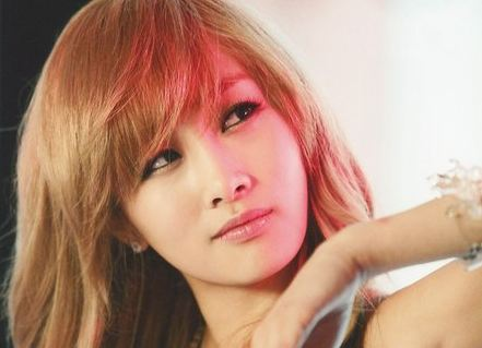 Nicole Shares the Pros and Cons of Being a Solo Artist