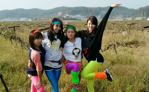 Few Girl Group Idols Gather to Film Diet Video