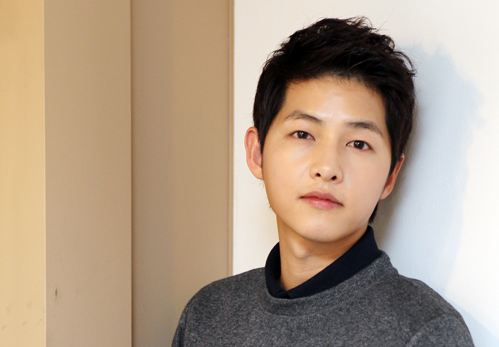 "Interview with Song Joong Ki Part II: ""Even Today, I Only Slept 2 Hours"""