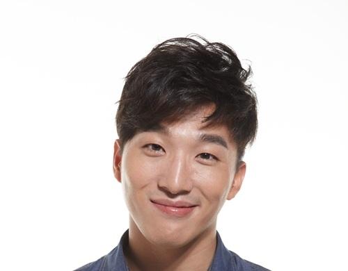 Big Bang Taeyang's Older Brother to Make Acting Debut
