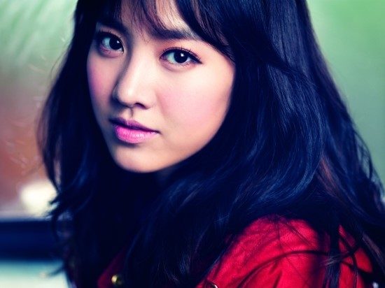 Jin Se Yeon Sings Support Song For High Schoolers Taking College Entrance Exams