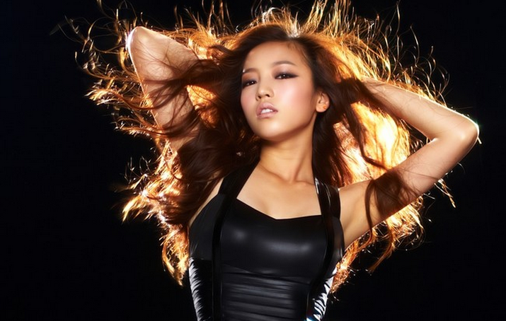 KARA's Goo Hara's Pre-Photoshopped Photos Awes Fans