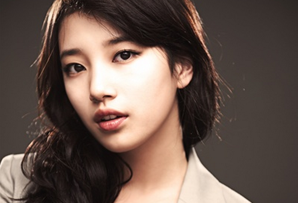 miss A's Suzy Wants to Play a Vampire