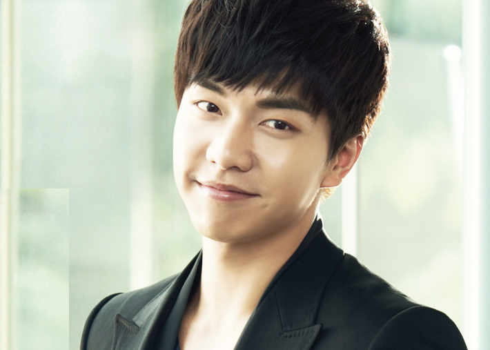 Lee Seung Gi to Play Male Version of Gumiho in New Drama