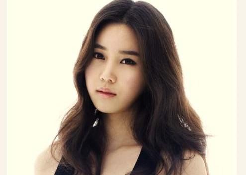 "JYP Actress Kim So Young Cast in Upcoming Film ""Princess Han"""