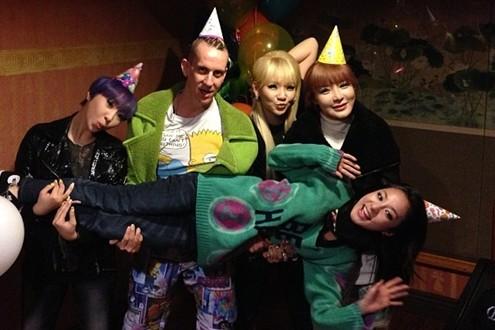 2NE1 Celebrates Sandara Park's Birthday with Jeremy Scott
