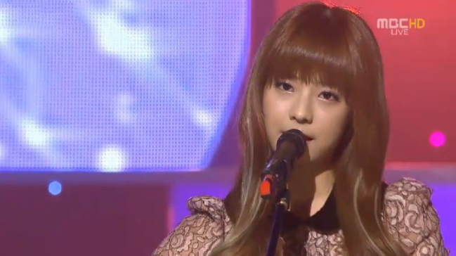 """Juniel Performs """"Bad Man"""" for Music Core Comeback"""