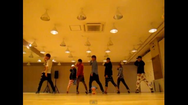 "A-JAX Reveals Dance Practice for ""2MYX"""