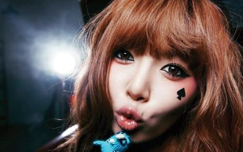 """Interview with 4Minute's HyunA Part 1: """"You Think I'm Sexy? I Have Other Charms Too"""""""