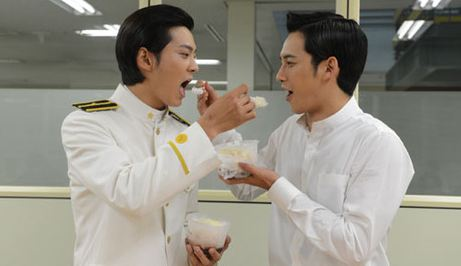 """""""Bridal Mask"""" Co-Stars Joo Won and Park Ki Woong Does This to Pass Time on Filming Set"""