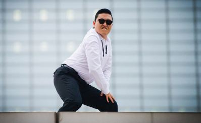PSY Confirmed to Win New Media Award at the American Music Awards